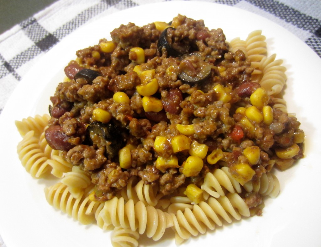 Lean Beef and Chili Rotini | Life In Leggings