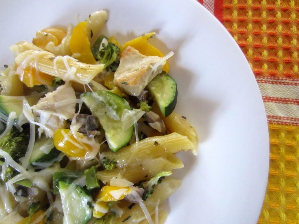chicken veggie noodle casserole closeup