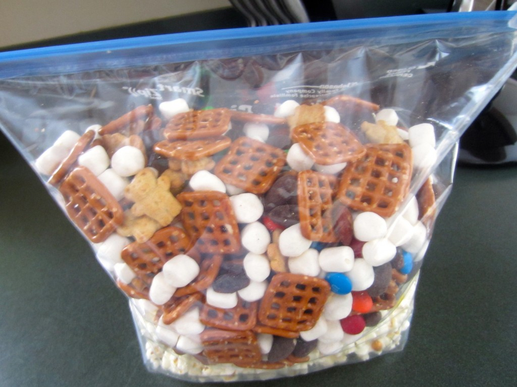 shake trail mix in bag