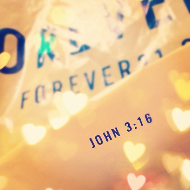 Forever 21 John 3:16 - Housewife Glamour