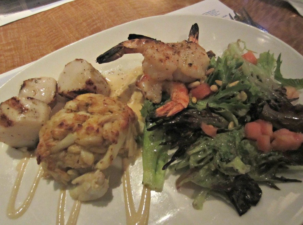 Legal Seafood Crab Cake sca