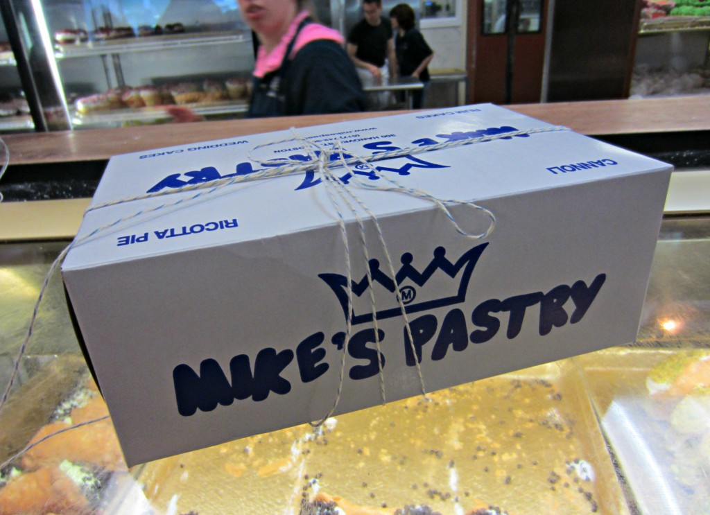 Mike's Pastry Boston bakery