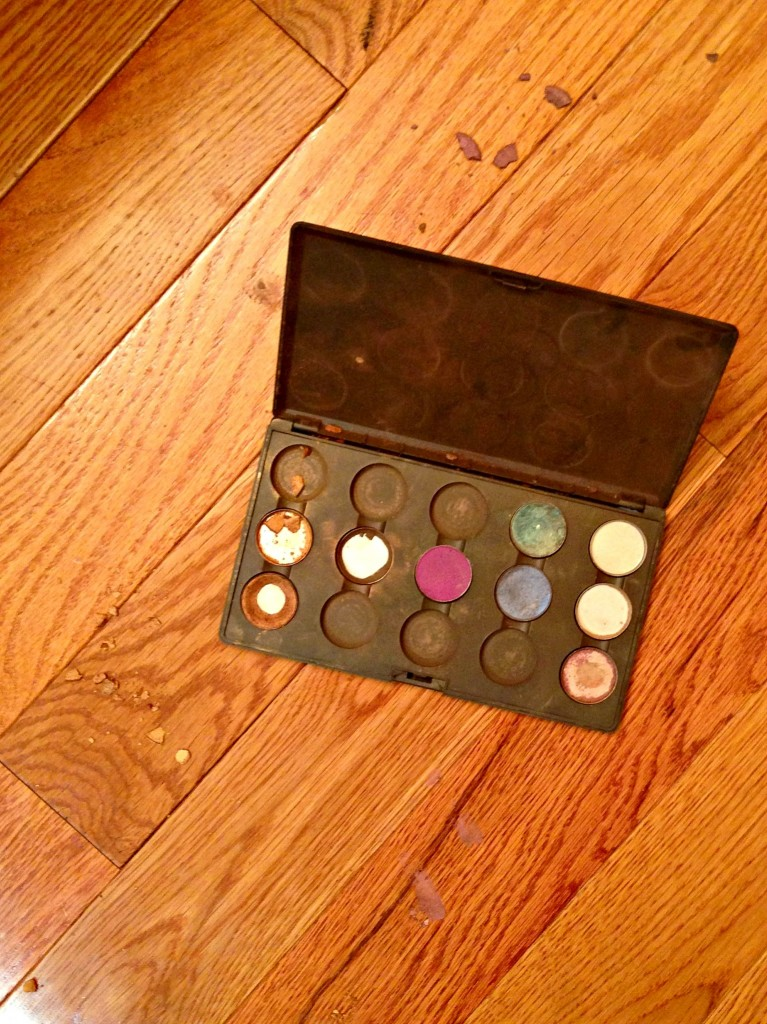 broken eyeshadow palate