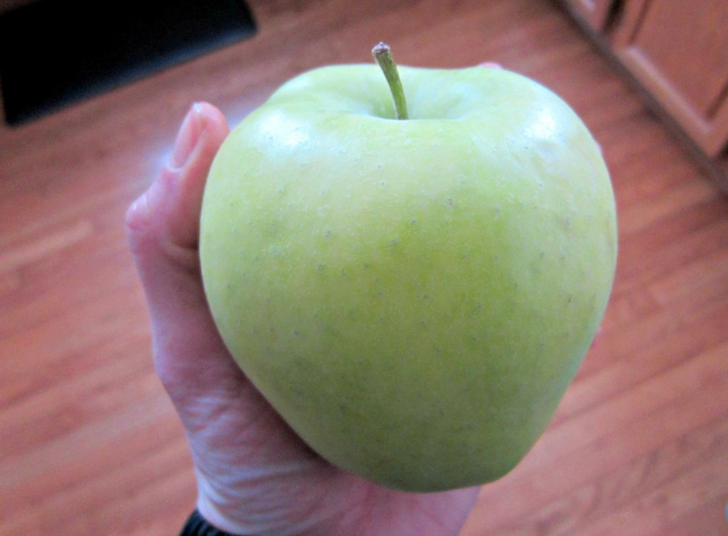 green delicious apple