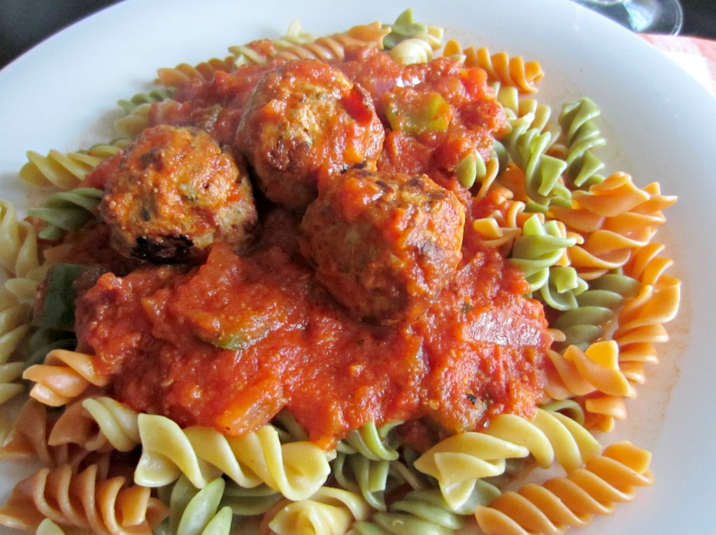 al fresco chicken meatballs on veggie noodles
