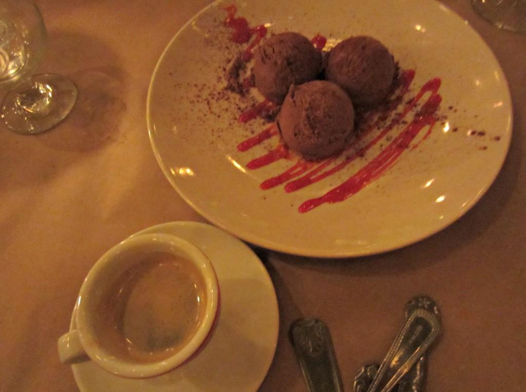 du luigis cappacino and gelato dessert