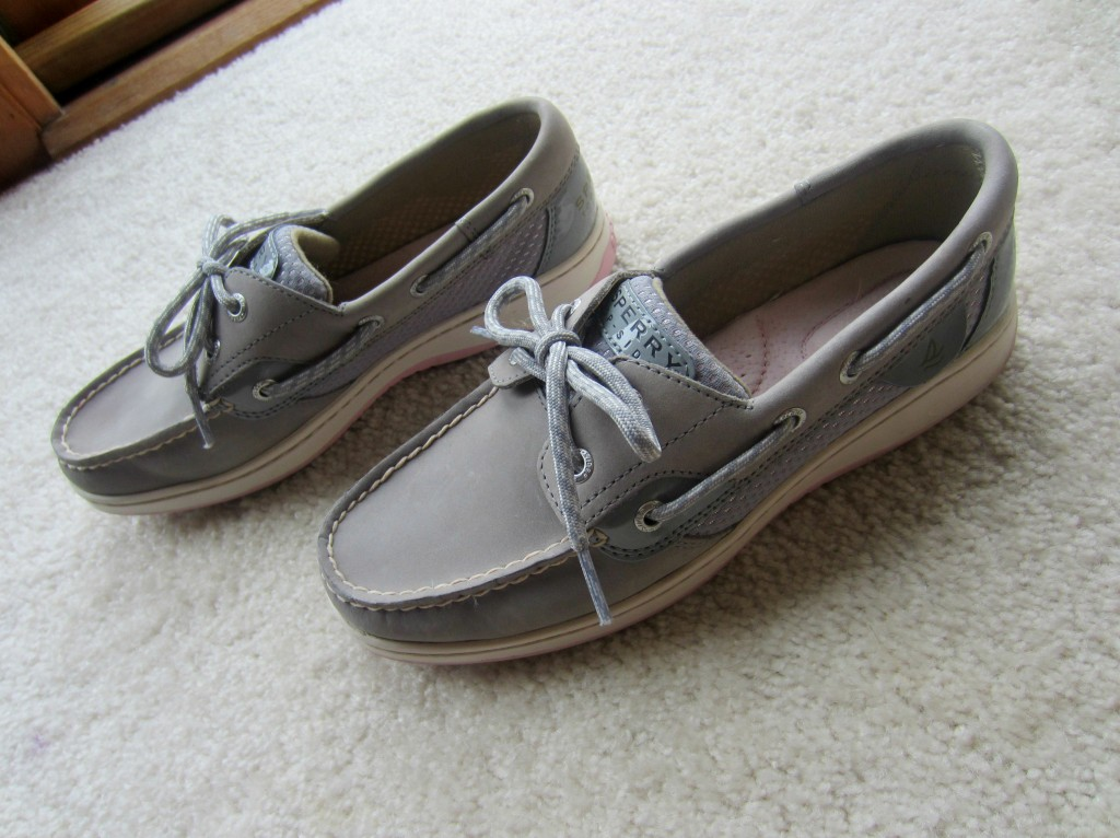 sperrys housewife glamour