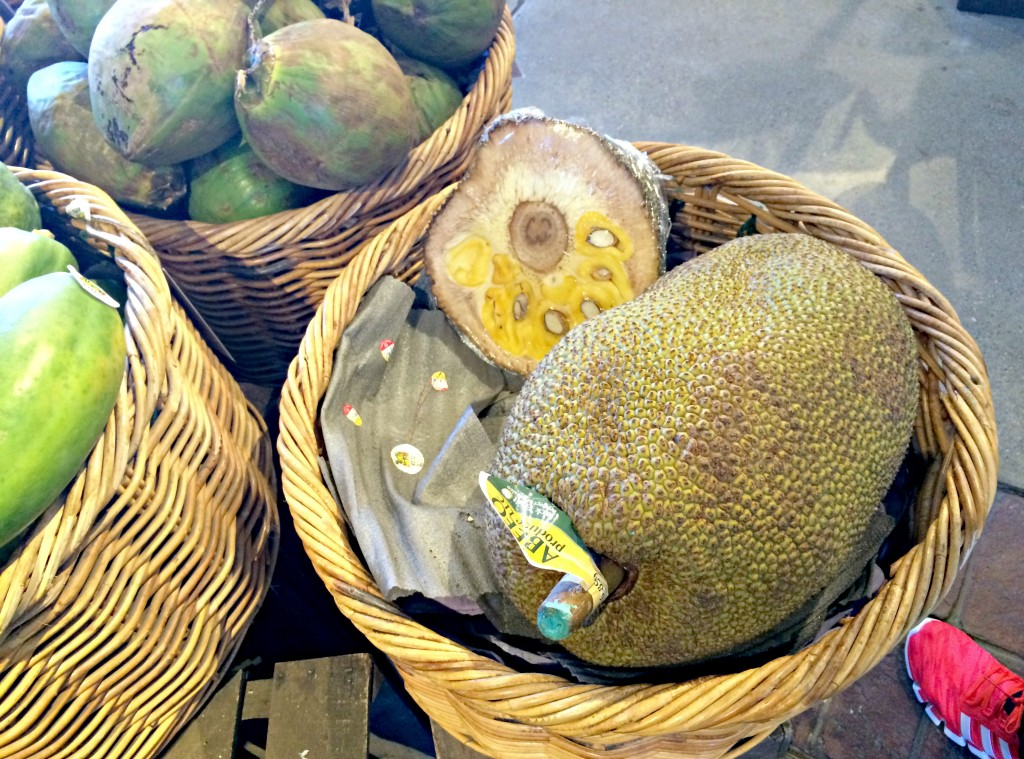 the jack fruit mexican large fruit