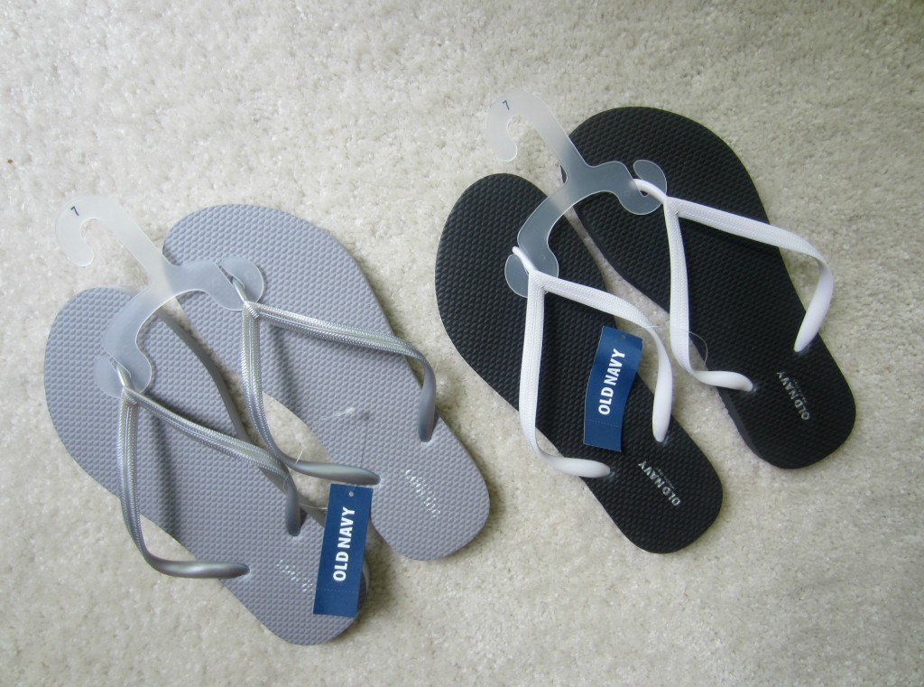 Old Navy filp flips - 2 for $5