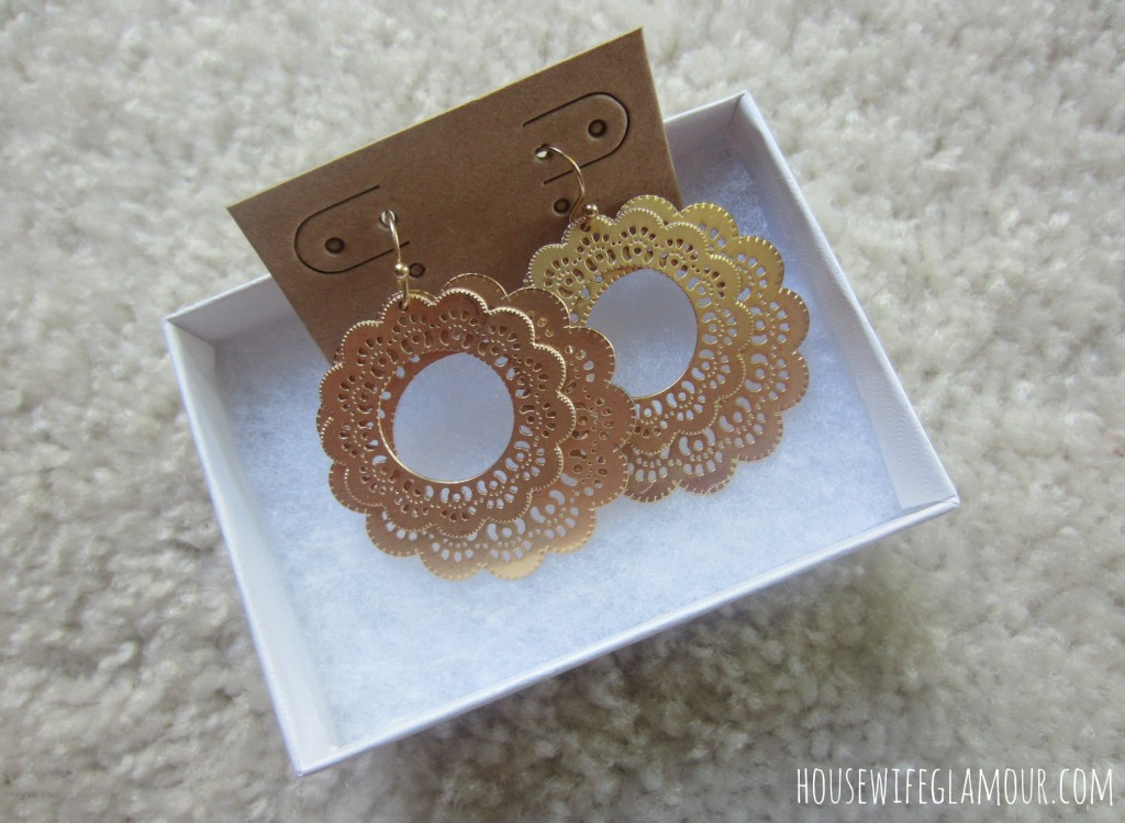 bay to baubles stitch fix gold earrings