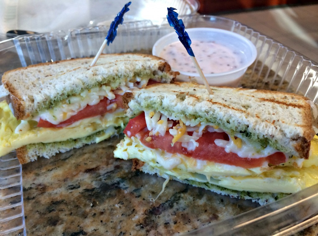 egg pesto sandwich on udis bread