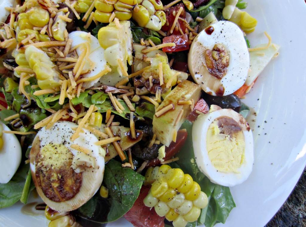 healthy vegetable and egg salad
