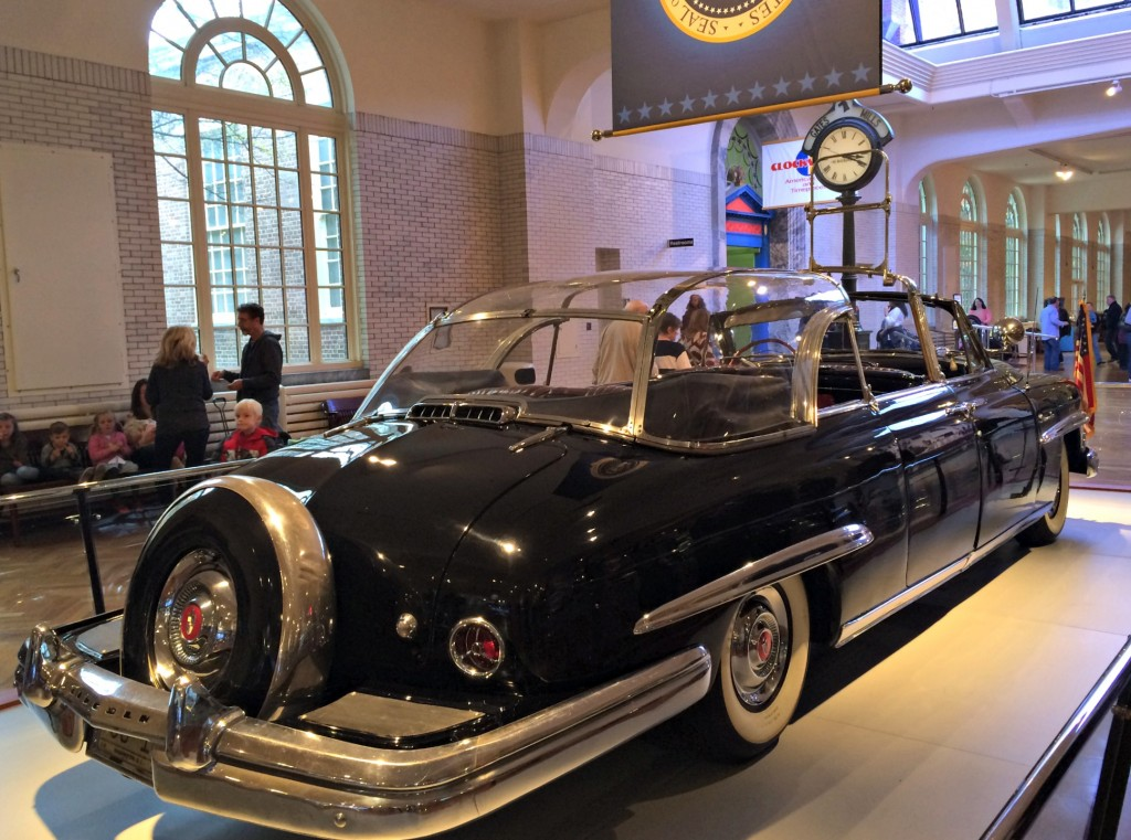 Eisenhower's Bubbletop 1950 lincoln