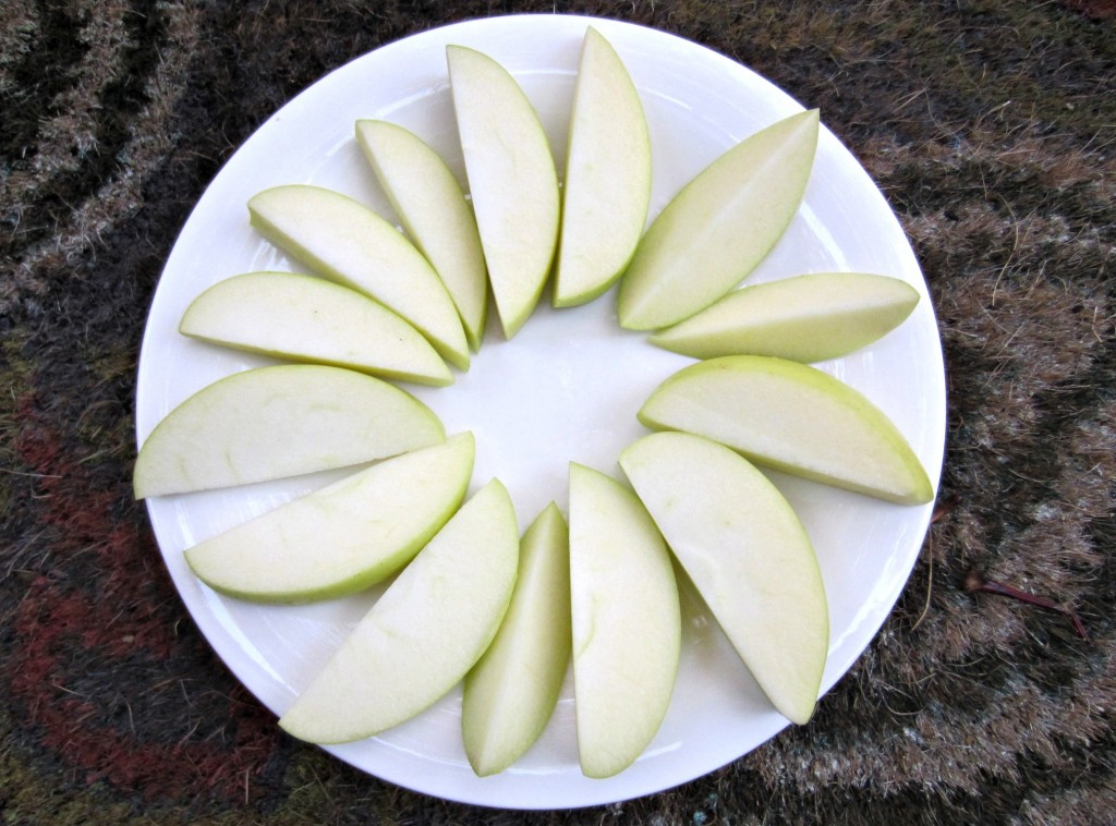 golden delicious apple snack