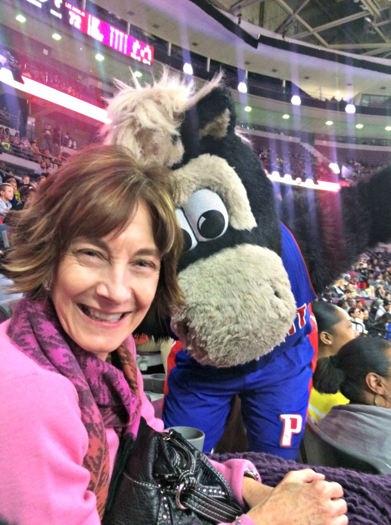 Mom with HOOPER at game