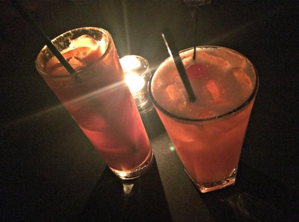 drinks at undergraound wonder bar chicago