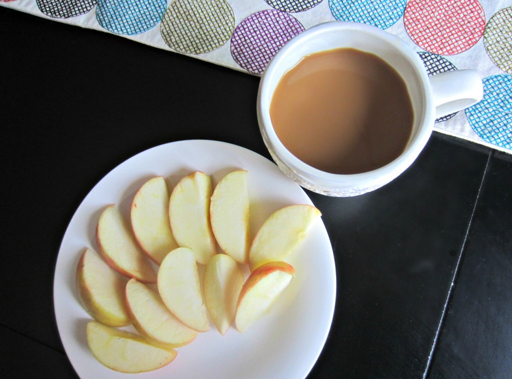 breakfast apple and coffee