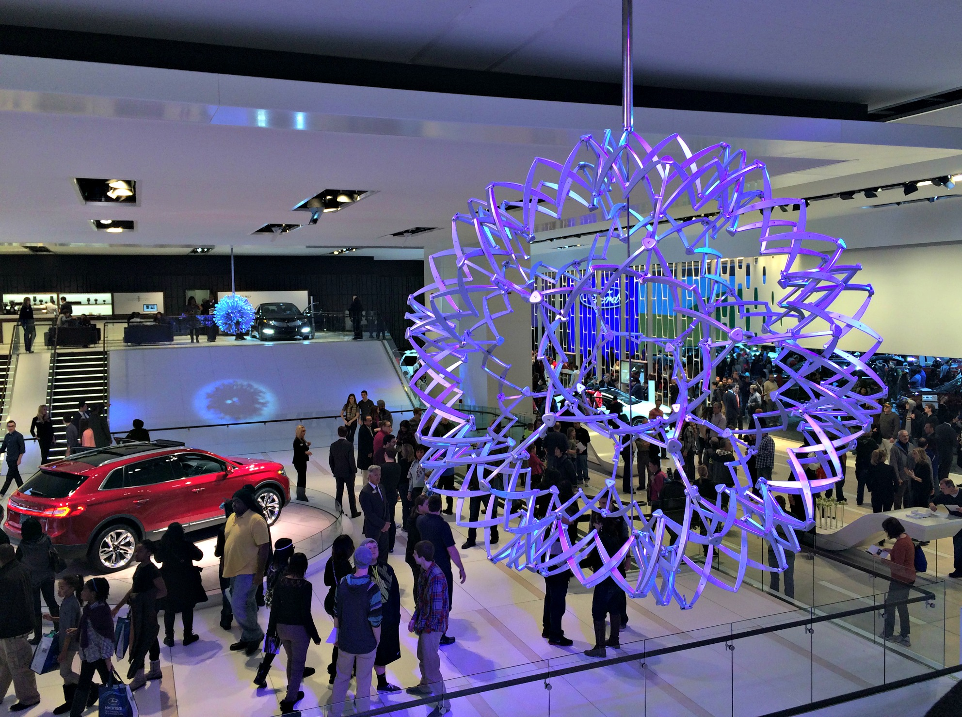 auto show lincoln display