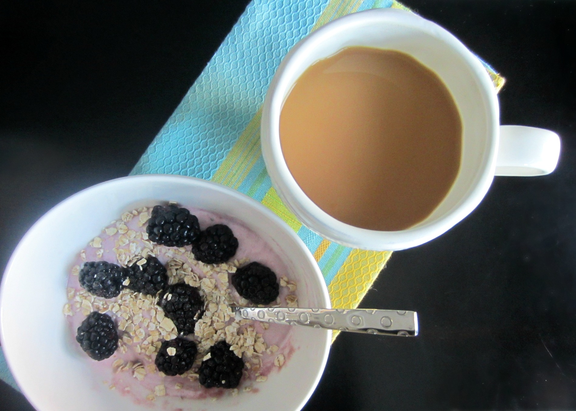 greek yogurt breakfast