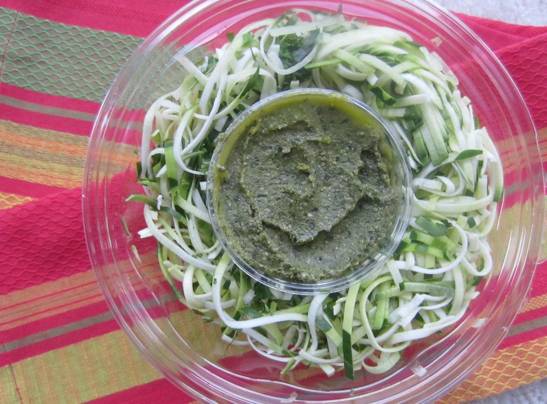 zucchini fettucini pesto
